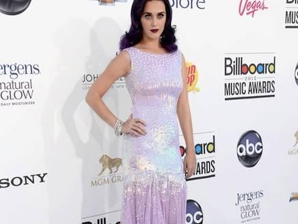 Katy Perry n'est pas parfaite et elle le montre !