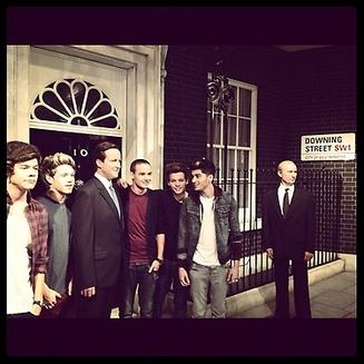 Les 1d ont décidé de s'arrêter au 10 Downing Street