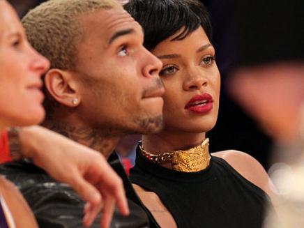Rihanna : Chris Brown vivrait chez elle !