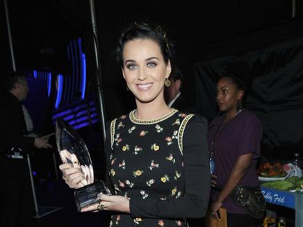 One Direction, Katy Perry : couronnés aux Kid's Choice Awards !