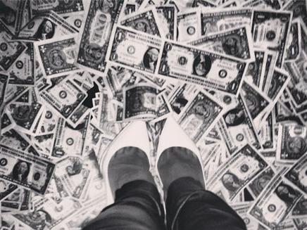 Rihanna : elle débourse 7000 euros dans un strip club !