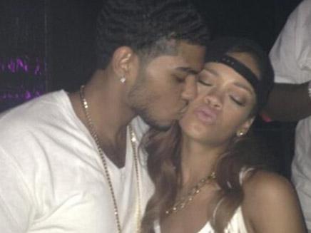 Rihanna : dans les bras d'un inconnu !