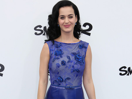 Katy Perry égalise le record de Rihanna
