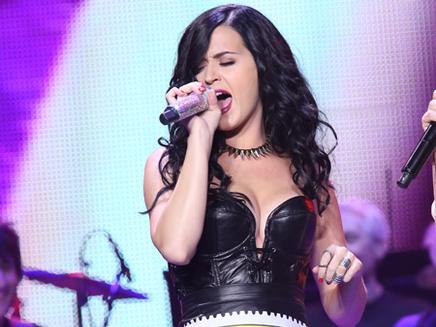 Katy Perry: elle détrône Justin Bieber sur Twitter!