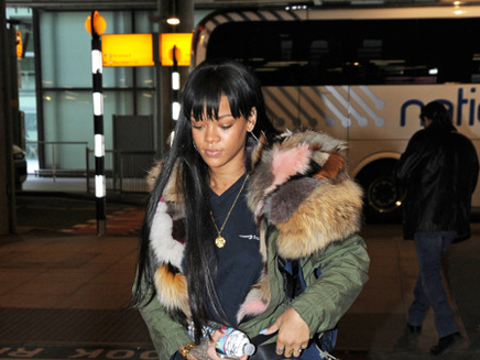 Rihanna : elle rejoint Drake à Londres !