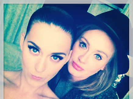 Katy Perry : son selfie avec Adele !