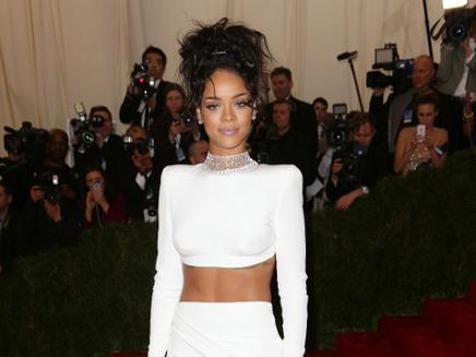Rihanna soutient l'équipe de France et Karim Benzema !