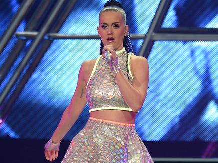 Katy Perry fera la mi-temps du Super Bowl !