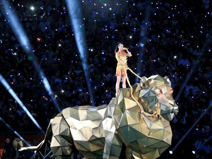 Katy Perry : reine du Super Bowl
