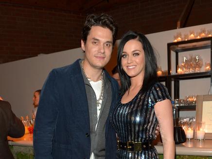 Folle rumeur : Katy Perry serait enceinte!