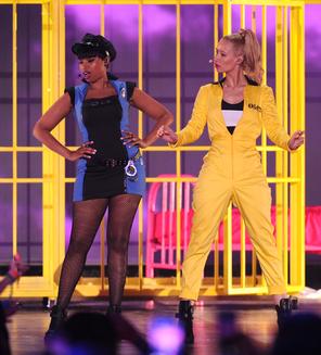 Iggy Azalea perfoms @ Kids Choice Awards 2015