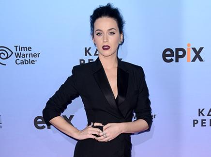 Katy Perry : Femme fatale pour l'avant-première du film de sa tournée