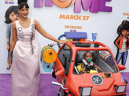 Rihanna : une invitée spéciale pour sa première!