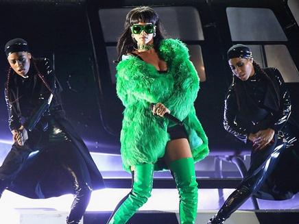 Rihanna : découvrez les coulisses de «Bitch Better Have My Money»!