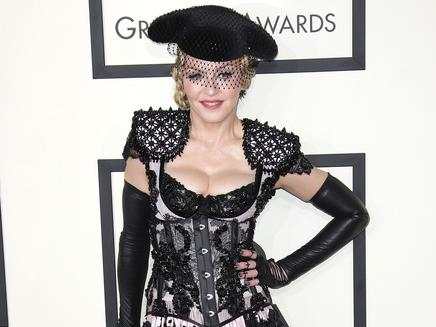 Madonna : bientôt une autobiographie?