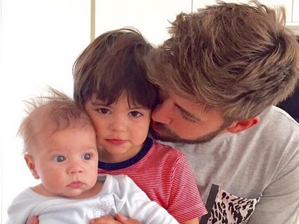 Shakira : Gérard Piqué poste une adorable photo de leurs fils!