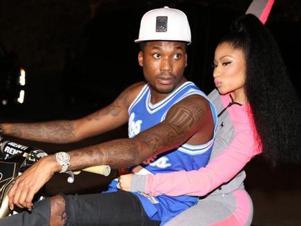 Nicki Minaj s'éclate en moto avec Meek Mill !