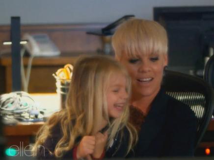 Pink : adorable avec sa fille pour le Ellen DeGeneres Show!