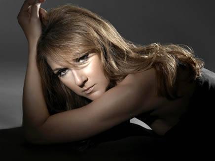 Céline Dion se remet au français