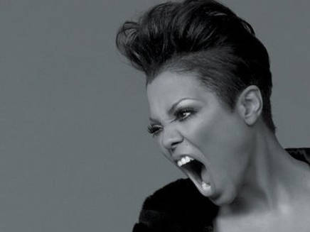 Janet Jackson s'inquiète pour Paris
