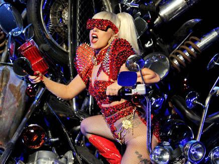 Lady Gaga : Lindsay Lohan dans son prochain clip ?