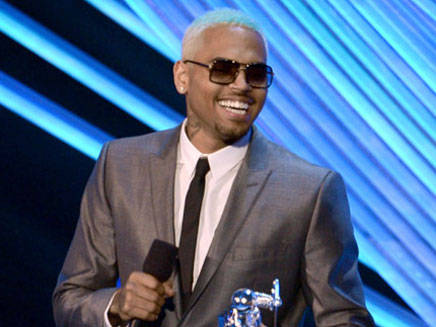 Chris Brown : il quitte Twitter !