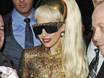 Lady Gaga défend les femmes
