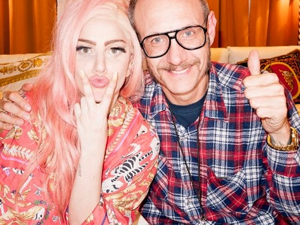 Lady Gaga : séance photo improvisée avec Terry Richardson