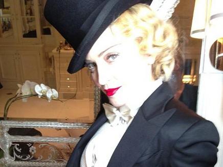 Madonna: très chic à l'avant-première du DVD de sa tournée !