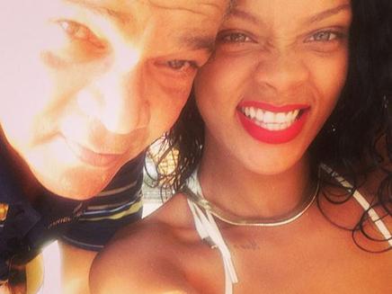 Rihanna : en famille à la Barbade !