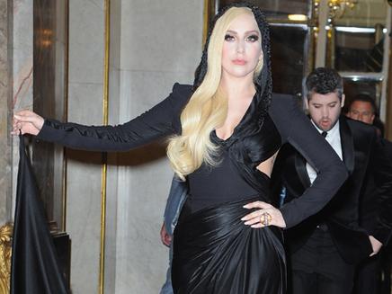 Lady Gaga prépare son show dans l'espace