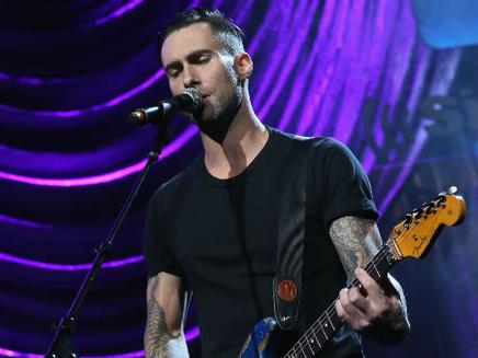 Maroon 5 : ils annulent un concert et dévoilent leur nouveau clip!