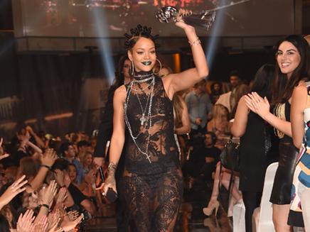 Rihanna : nouvelle collaboration avec Emeli Sandé ?