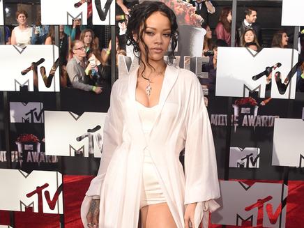 Rihanna : heureuse d'être célibataire !