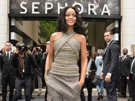 Rihanna : toutes les images de sa visite à Paris !