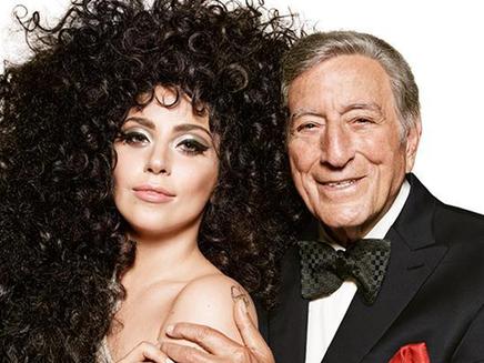 Lady Gaga et Tony Bennett posent pour H&M!