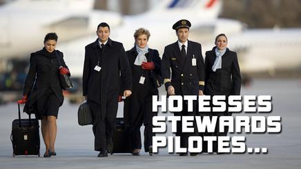 HOTESSES, STEWARDS, PILOTES : UNE VIE ENTRE DEUX AVIONS