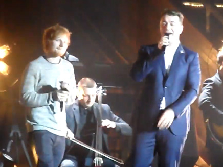 Ed Sheeran rejoint Sam Smith sur scène!