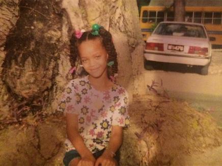 Rihanna partage une adorable photo d'enfance!