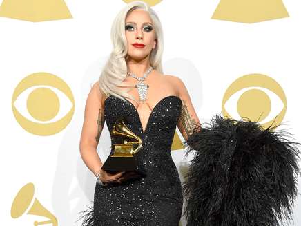 Lady Gaga invitée sur la scène des Oscars!