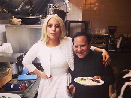 Lady Gaga : elle prend des cours de cuisine à Paris!