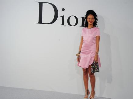 Rihanna : super classe pour Dior!