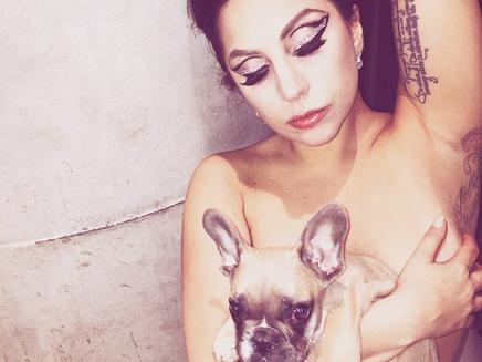 Lady Gaga : son shooting rock pour Carine Roitfeld!