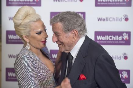 Lady Gaga : elle ne veut pas que Tony Bennett regarde « American Horror Story »!