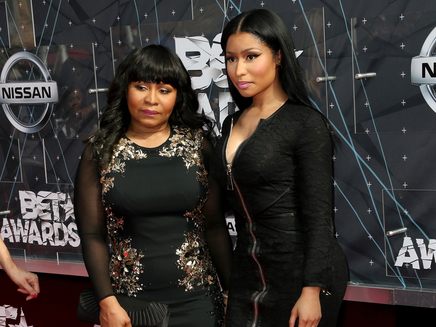 Nicki Minaj : accompagnée par sa mère aux BET Awards!