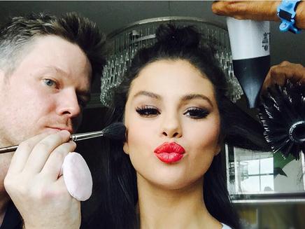 Selena Gomez pose en petite culotte sur Instagram!