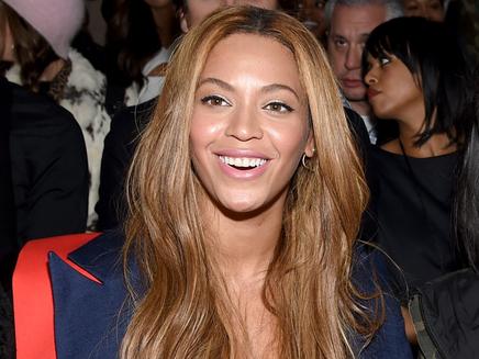 Beyoncé : terriblement sexy pour son retour sur scène!