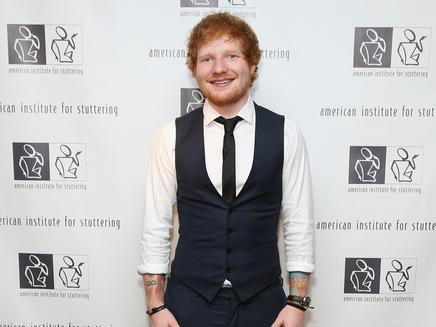 Ed Sheeran : son tatouage XXL est-il vrai ou faux?