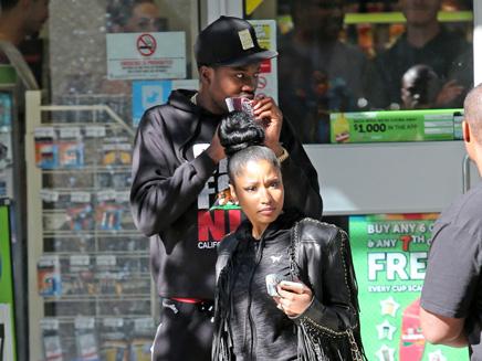 Nicki Minaj et Meek Mill : incognito dans une supérette de Vancouver