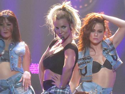Britney Spears: un message sur scène contre les hommes !
